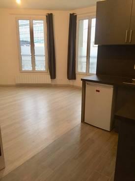 Location studio 23m² Ivry-Sur-Seine (94200) - 830€