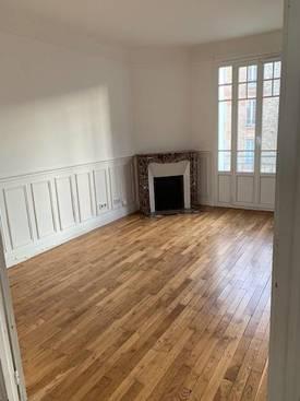 Location appartement 4pièces 88m² Enghien-Les-Bains (95880) - 1.490€