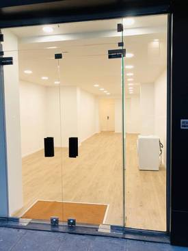 Location ou cession local commercial 50 m² Paris 2E (75002) - 2.300 €