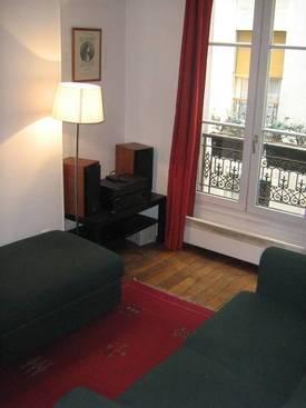 Location meublée appartement 2pièces 29m² Paris 18E (75018) - 880€