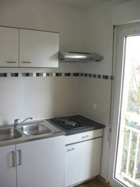Location studio 29 m² Melun (77000) - 585 €