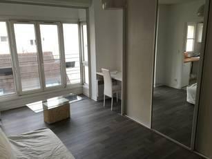 Location meublée studio 27m² Neuilly-Sur-Seine (92200) - 995€