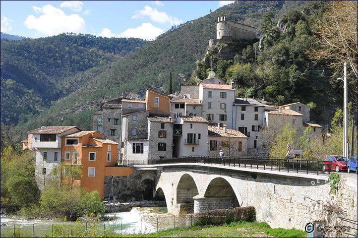 Vente immobilier 80.000€ Roquestéron (06910)