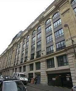 Location garage, parking Paris 18E (75018) - 125€