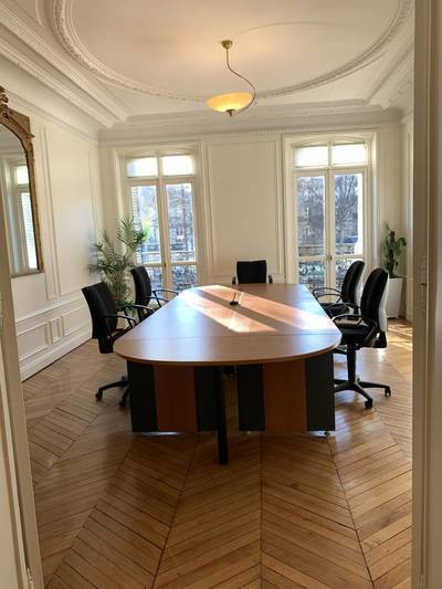 Bureaux, local professionnel Paris 17E (75017) - 20m² - 1.500€