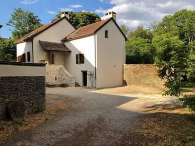 Location maison 128m² Collonges-Lès-Bévy (21220) - 889€