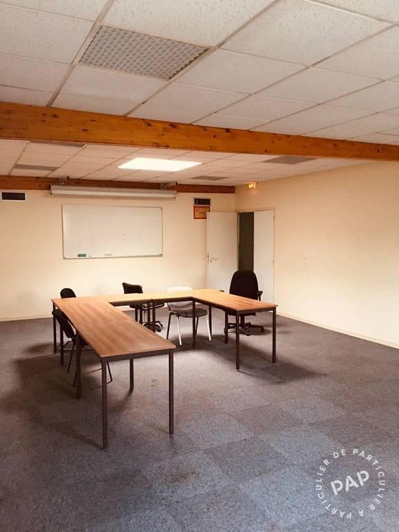 Bureaux et locaux professionnels 6.800€ 500m² Saint-Leu-La-Forêt