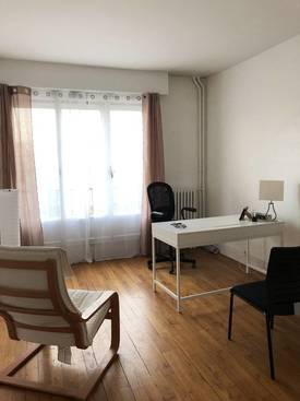 Location meublée bureaux et locaux professionnels 54m² Rueil-Malmaison (92500) - 1.300€