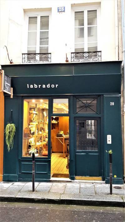 Local commercial Paris 4E - 13 m² - 1.600 €