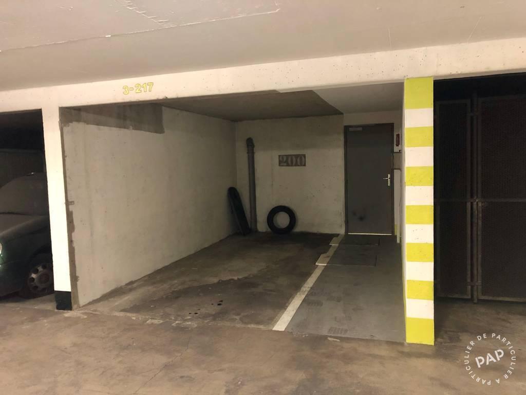 Location Garage, parking Paris 18E (75018)  155€