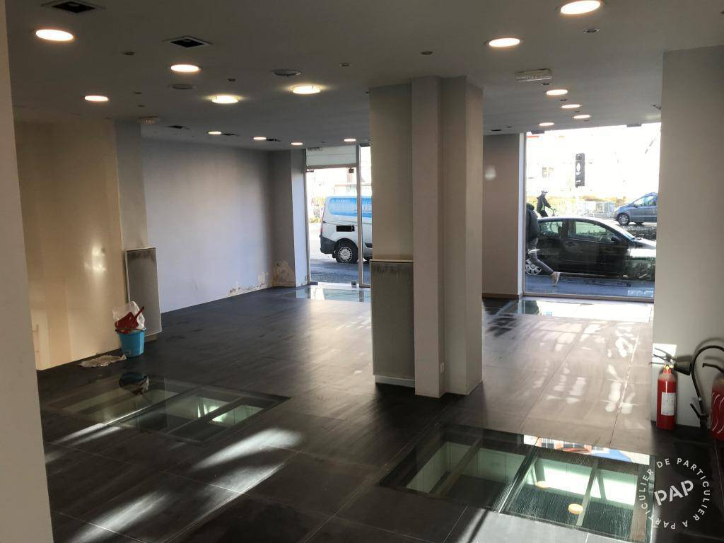 Location Local commercial 160m²