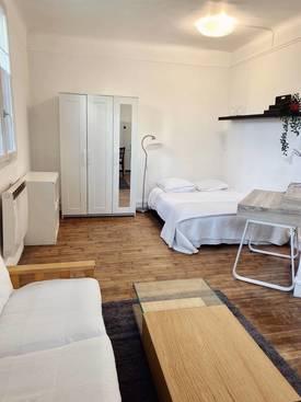 Location meublée studio 30m² Saint-Ouen (93400) - 890€