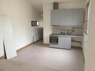 Location appartement 4pièces 104m² Saint-Ouen (93400) - 1.730€