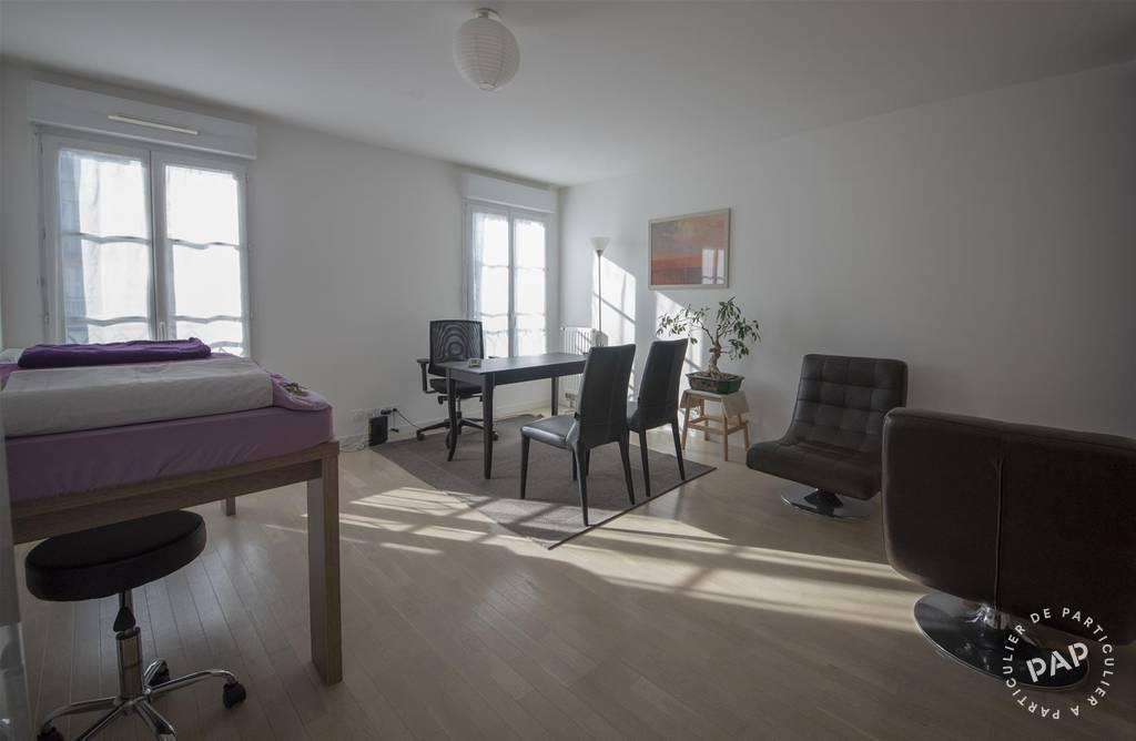 Vente et location Bureaux, local professionnel Serris 22m² 850€