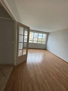 Location appartement 3pièces 62m² Mantes-La-Jolie (78200) - 950€