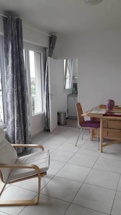 Location meublée studio 28m² Lyon 5E (69005) - 680€