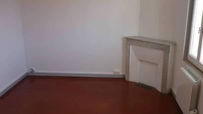 Location appartement 2pièces 28m² Marseille 5E (13005) - 540€
