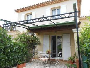 Location meublée maison 105m² Sanary-Sur-Mer (83110) - 1.430€