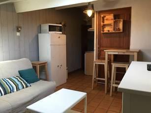 Location meublée studio 17m² Six-Fours-Les-Plages (83140) - 425€