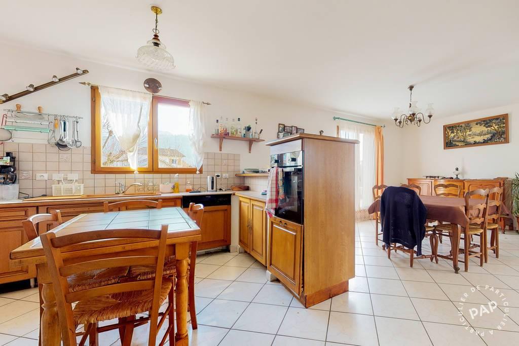 Maison 438.000€ 180m² Saint-Étienne-De-Crossey (38960)