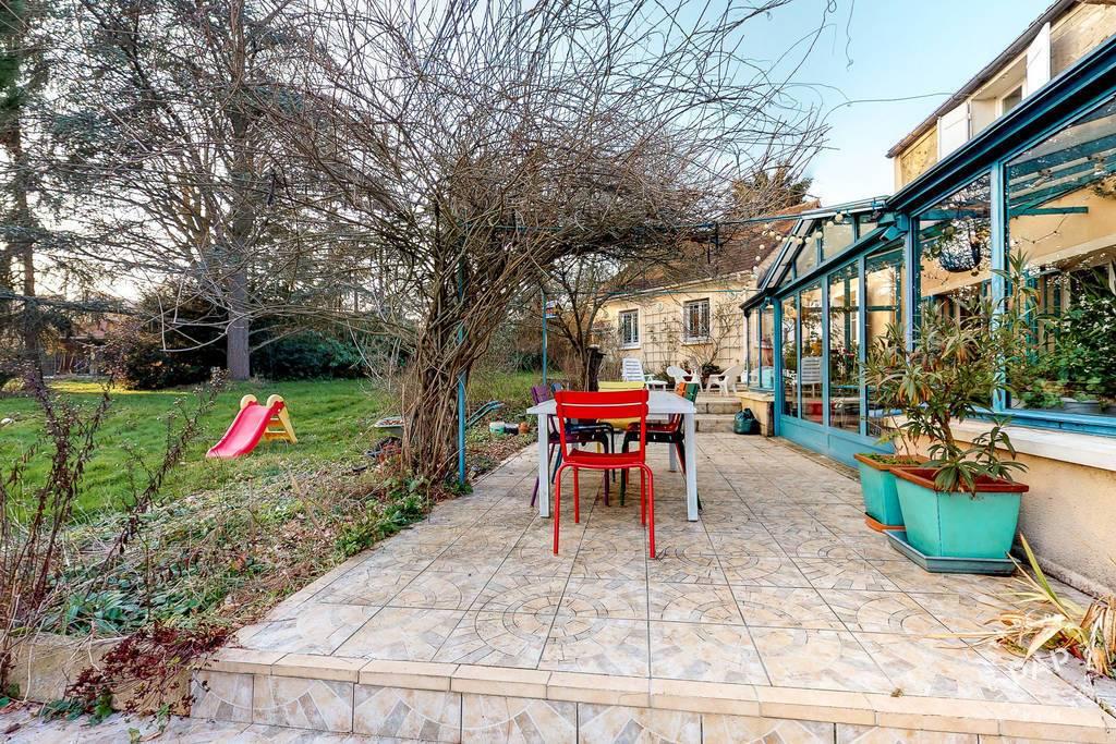 Maison 715.000€ 272m² Presles-En-Brie (77220)