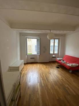 Location studio 33 m² Toulon (83000) - 525 €