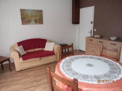 Location meublée appartement 2pièces 38m² Fréjus (83600) - 600€