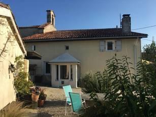 Vente maison 95m² Saint-Léger (16250) - 110.000€