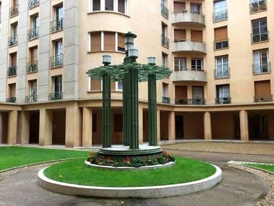 Location appartement 3pièces 112m² Paris 15E (75015) - 2.800€