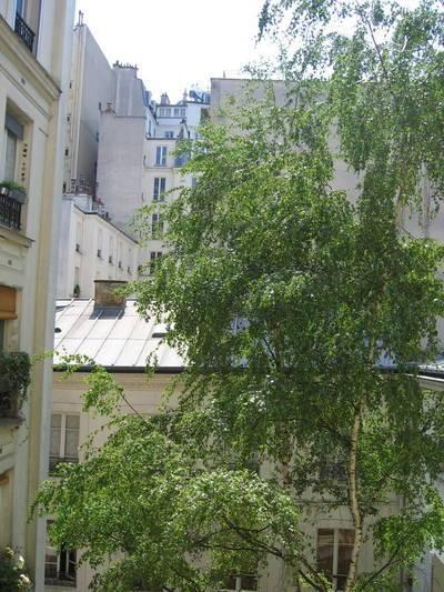 Location appartement 2pièces 32m² Paris 18E - 1.100€