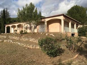 Location maison 150m² Cuges-Les-Pins (13780) - 1.600€