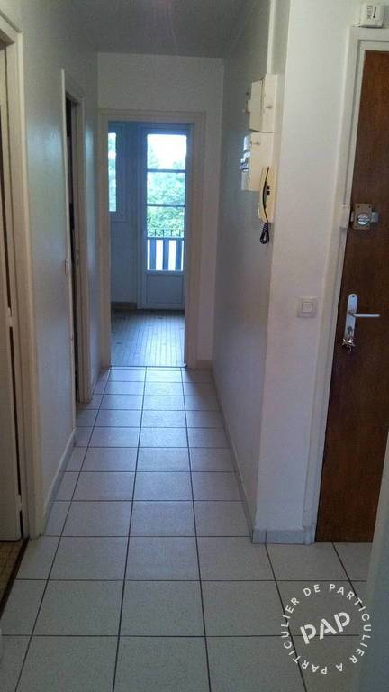 Location immobilier 950€ Saint-Maur-Des-Fossés (94210)