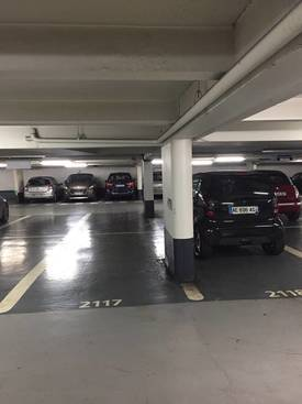 Location garage, parking Paris 1Er (75001) - 230 €