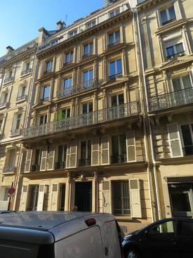 Location bureaux et locaux professionnels 47m² Paris 8E (75008) - 1.500€