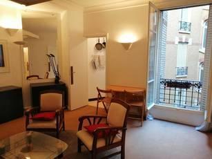 Location meublée studio 26m² Paris 8E (75008) - 1.250€