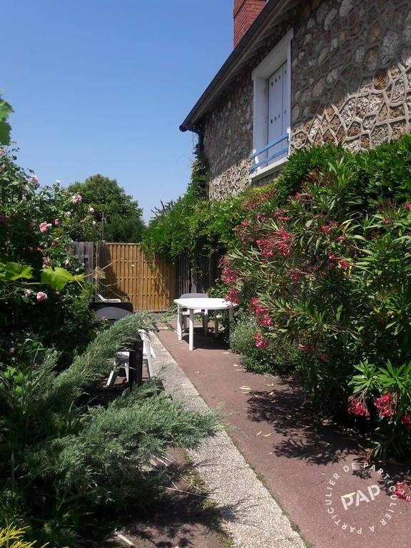 Location appartement studio Le Mesnil-Saint-Denis (78320)
