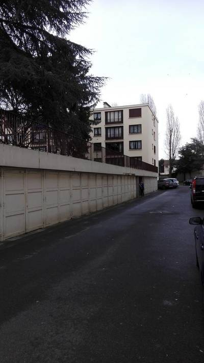 Location garage, parking Garges-Lès-Gonesse (95140) - 100 €