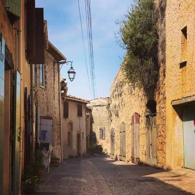 À 25 Minutes D'Aix-En-Provence - Jouques (13490)