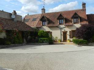 Vente maison 260m² Nogent-Sur-Vernisson (45290) - 345.000€