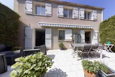 Vente maison 99m² Pontault-Combault - 367.000€