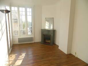 Location appartement 2pièces 41m² Saint-Maur-Des-Fossés (94100) - 950€