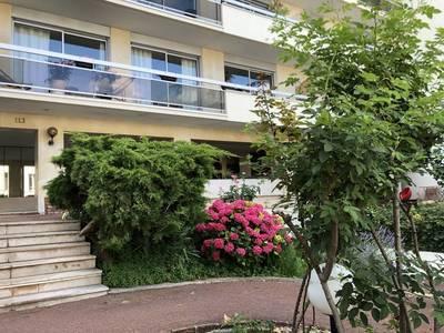 Location appartement 3pièces 65m² Courbevoie (92400) - 1.750€