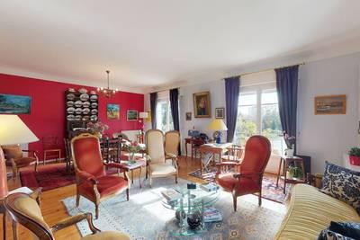 Vente appartement 5pièces 138m² Pau (64000) - 270.000€