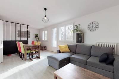 Vente appartement 3pièces 69m² Avrillé (49240) - 168.000€