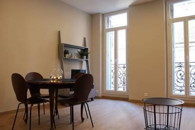 Location meublée appartement 2pièces 49m² Marseille 4E (13004) - 720€