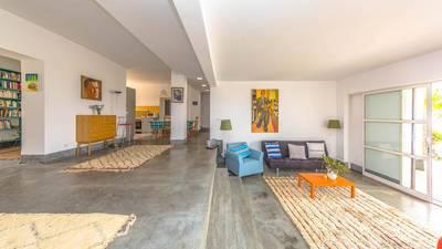 Vente maison 210m² . - 200.000€