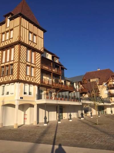 Vente appartement 2pièces 47m² Deauville (14800) - 339.000€