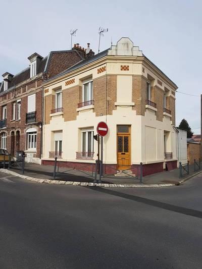 Avec Grande Cour - Saint-Quentin (02100)