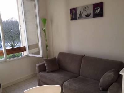 Location meublée studio 19m² Louveciennes (78430) - 580€