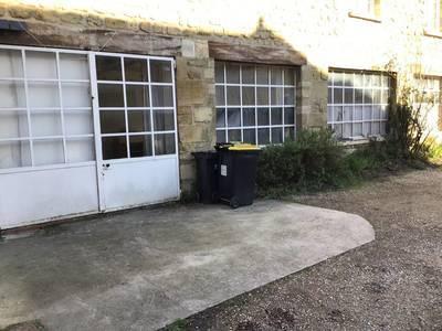 Location ou cession local commercial 82m² Boissy-L'aillerie (95650) - 850€
